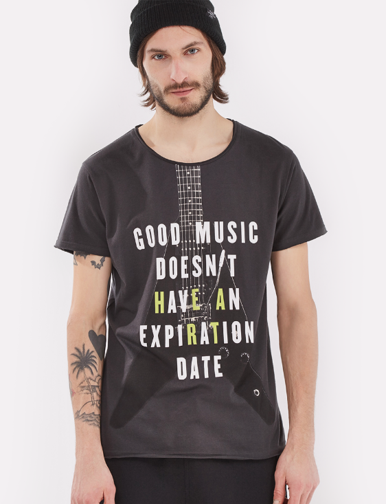Picture of Graphic Print T-Shirt